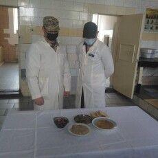 Показали чим харчуються ув'язнені луцького сізо (Фото)