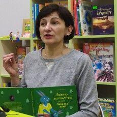 Чернівчанка,  мама особливого хлопчика розповіла про пандус у луцькій бібліотеці (Фото)