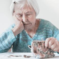 Пенсіонера не можуть змусити перейти на обслуговування у банк, він має право вибору, - Укрпошта