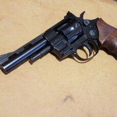 Волинянина судитимуть за незаконне поводження зі зброєю і боєприпасами