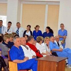 Волинська влада обіцяє: медиків дитячої лікарні не скорочуватимуть