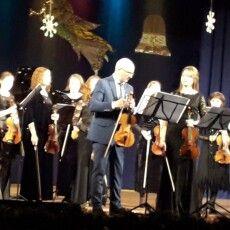 Музика Вакарчука у виконанні віртуозів Луцька – камерного оркестру «Con Moto»