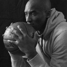 Легендарний баскетболіст Кобі Брайант загинув разом із донькою у результаті аварії гелікоптера