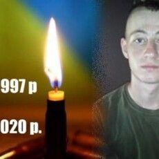 На Донбасі загинув український воїн, ще 6 отримали поранення