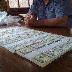 На Волині знайшлися охочі заплатити шахраєві сотні тисяч доларів за посаду в Кабміні (Фото)