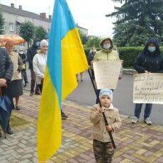 Маневичани вийшли на мітинг, щоб урятувати свій район (Фото)