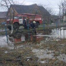 На Турійщині почало підтоплювати садиби (Фото)