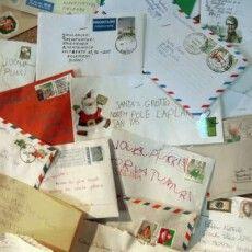 Знайшли лист до Санта-Клауса, який пролежав у димарі 60 років