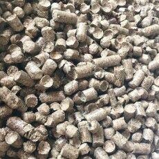 Ув'язнені на Волині виготовляють паливні соснові пелети