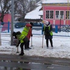 Сніг у Ковелі розчищатимуть... безробітні