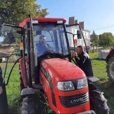 Монастир на Волині тепер має... новенький трактор (Фото. Відео)