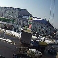У Луцьку трапилося ДТП на перехресті вулиць Карпенка-Карого–Дубнівська (Відео)