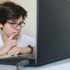 Сьогодні о 10:00 починаються шкільні уроки онлайн