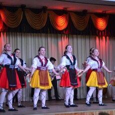 Юні лучани поєднали танець з музикою (Фото)