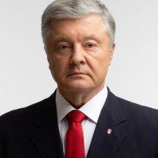 Порошенко закликав задіяти відомчі лікарні і Феофанію для прийому хворих на коронавірус