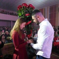 Волинянин запропонував руку і серце коханій прямо на концерті рок-гурту «Без обмежень»