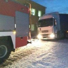 На Волині витягали вантажівку, легковушку та швидку допомогу