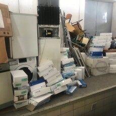 Волинські митники серед вантажу із гуманітарною допомогою виявили прихований товар на 700 тисяч гривень