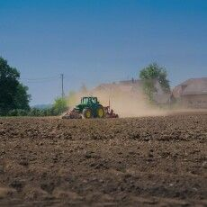 «Україну хочуть зробити великою колонією під гарними гаслами», – організатор акції протесту проти продажу землі на Волині