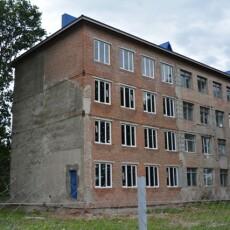 Колектив Любешівського коледжу, де у 2018 році стався обвал, просить міністрів виділити гроші на ремонт приміщення