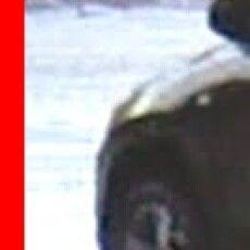 Лучанин посеред міста їхав на надувній ватрушці (Відео)