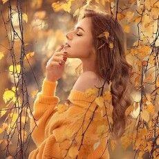 Поезія екслучанки пробирає до мурашок: «Осінь з розгону…Осінь на повні груди…  Знову не хочеться думати, що з нами буде»