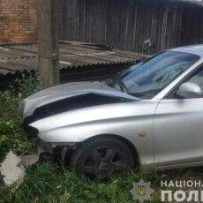 У Камені-Каширському автомобіль «Hyundai» врізався в стовп, водія госпіталізували