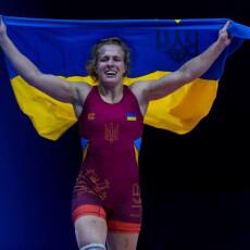Пообіцяла сину, що привезе медаль, і дотримала слова: українська борчиня завоювала ще одну олімпійську «бронзу»
