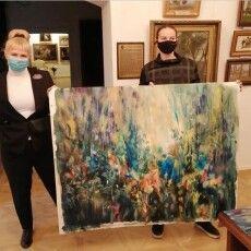 Американська художниця подарувала луцькому музею свої картини