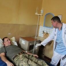 Луцький військовий госпіталь продовжує лікувати хворих, ліквідація наслідків пожежі майже закінчилася (Фото)