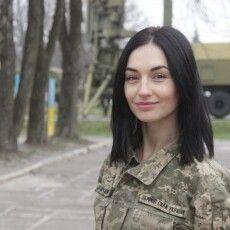 У Галицько-Волинській радіотехнічній бригадіслужить перша і єдина у ПК «Захід» жінка – молодший лейтенант