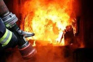 На Волині сусіди врятували чоловіка з палаючого будинку