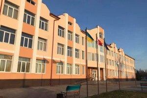 У селі Любохини Старовижівського району – нова школа. Шикарна (фото)