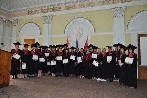 У Луцьку 56 молодих фахівців отримали омріяні документи про вищу освіту (фото, відео)