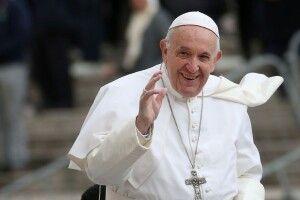 Папа Римський різко розкритикував споживацтво