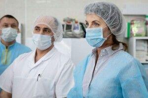 Фонд Порошенка передав лікарні 10 апаратів «штучного дихання»