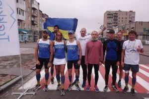 Ковельські бігуни за 10 днів обіцяють дістатися Києва
