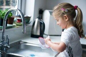 Вибираємо безпечний засіб для миття посуду