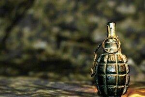 Чоловік кинув гранату в гостей: троє осіб поранено