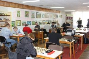 Два десятки шахістів змагалися за звання найкращих