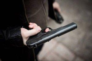 У Ратнівському районі затримали грабіжника з іграшковим пістолетом
