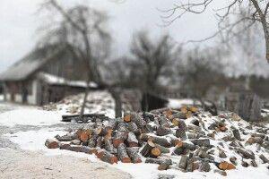 Репортаж з глибинки: як живуть старики, загублені вснігах накраю Волині (Фото)