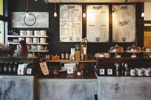 У Луцьку з 16 липня дозволять кавувати всередині кафе й ресторанів