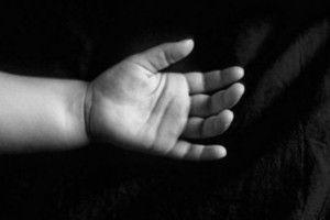 У морозилці знайшли… тіла двох немовлят