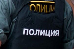 У Росії троє поліцейських зґвалтували 22-річну дівчину просто в службовій машині