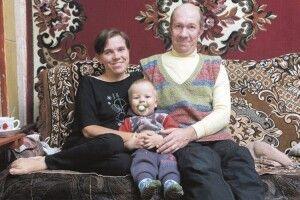 Волинянка в інвалідному візку зуміла стати коханою ідвічі– мамою (Фото)