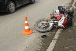 У Черемошному «Mercedes» збив мотоцикліста
