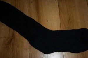 Китаєць мало не врізав дуба, понюхавши власні шкарпетки
