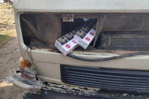 Волинянин, повертаючись із Білорусі, запакував автівку сигаретами (Фото)