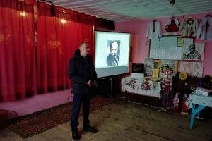 У Столинсько-Смолярському клубі вшанували Тараса Шевченка та прослухали звіт голови громади (Фото)